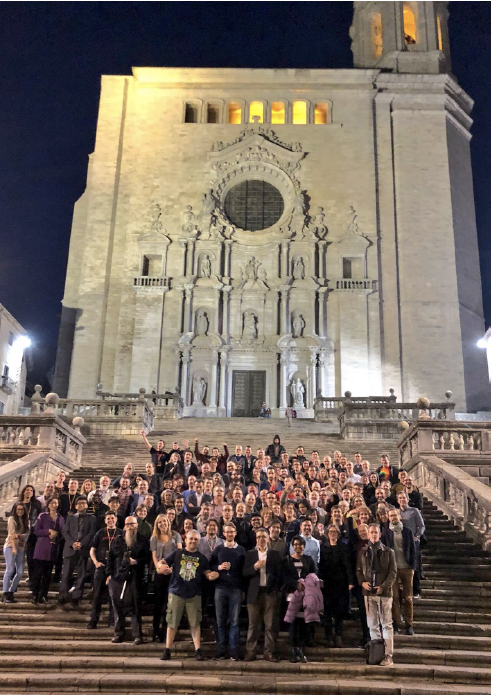 PIDapalooza 2018 family outside Girona cathedral